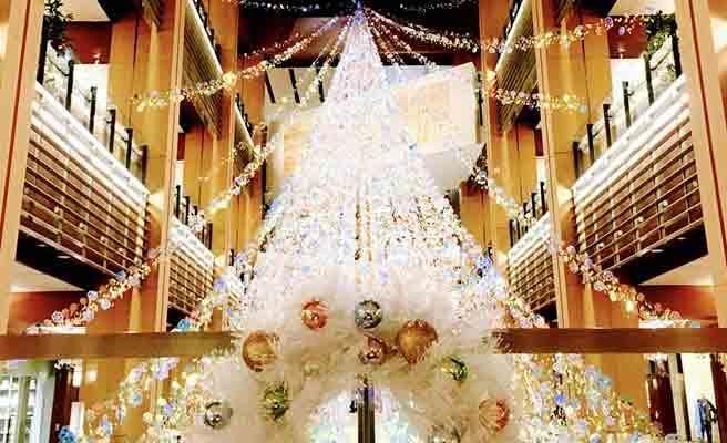 屋内のクリスマスイルミネーション