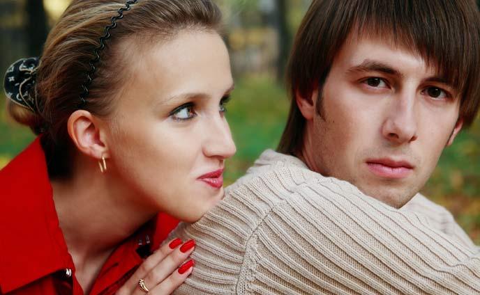 近寄りたくない「男に嫌われる女」男性ウケ最悪な行動5パターン