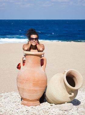 獅子座の男性と相性がいい水瓶座の女性