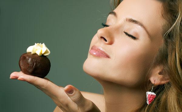 いつものおやつにかけるだけ♪バレンタイン簡単手作りチョコ7種