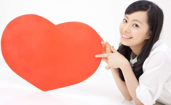 女性から好意のサインを発信!好きな人の恋愛対象になる方法5つ