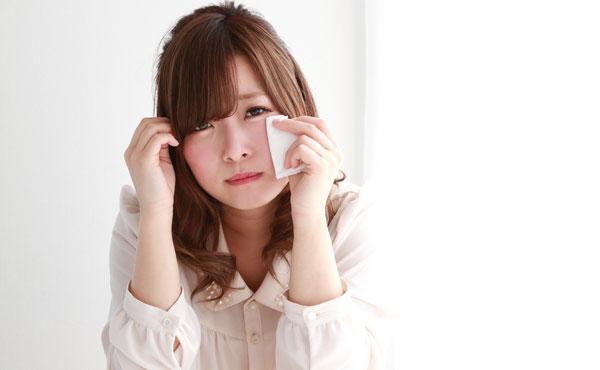 【卒業式で泣く方法】男子のハートはいただき☆可愛い泣き方5つ