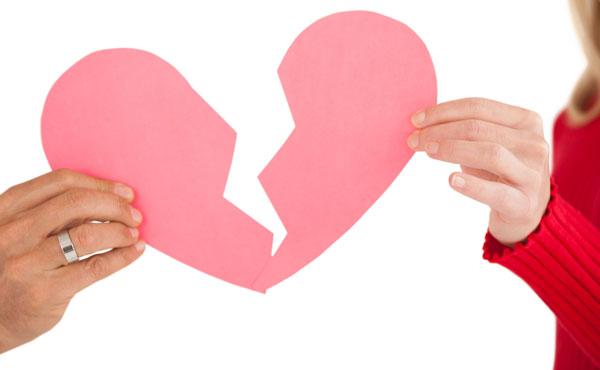 トラブルお断り!キレイに彼氏と別れる方法5つ&別れ話の始め方