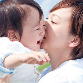 赤ちゃんにキスする夢