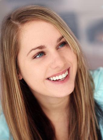 さわやかな笑顔は第一印象に必須