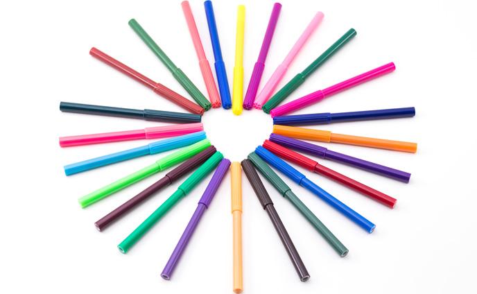24色の水性ペン