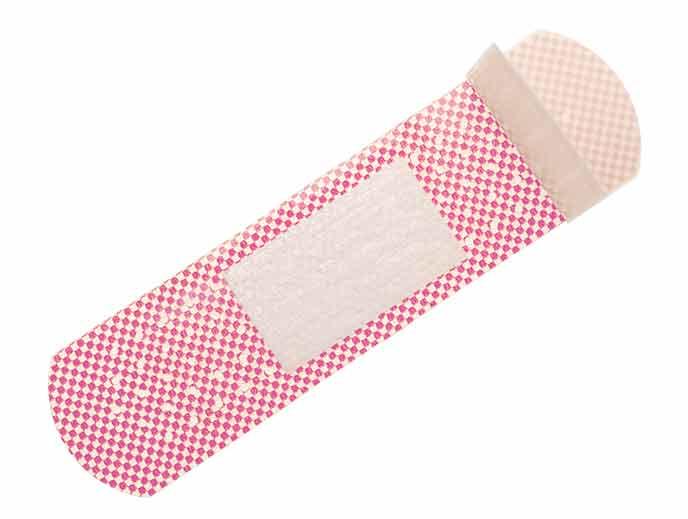 ピンク色の絆創膏