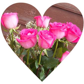 盗難の方角に花を飾る