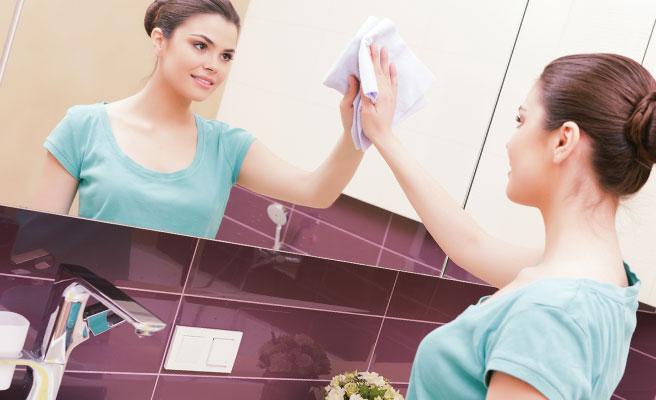 鏡をピカピカに磨いて女子力を高める