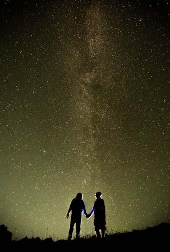 七夕の空に思いをはせて恋愛成就