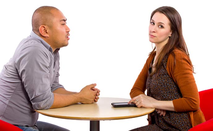 彼氏に疲れるのはカップルの危機・恋の危険信号対処法5つ