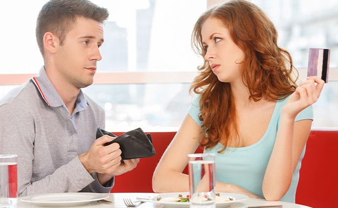 デート代にまつわる男の本音2人を悩ませる「割り勘問題」