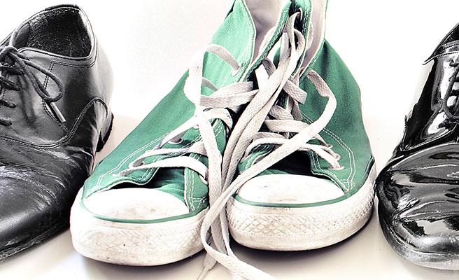 脱ぎ履きしやすい靴を選ぶ