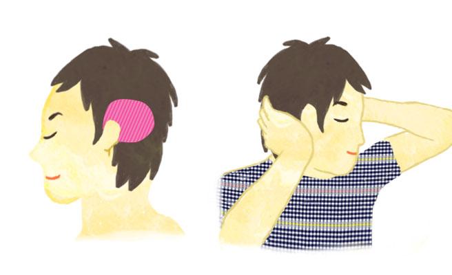 耳と後頭部の間の側頭筋を手のひらでもんであげましょう