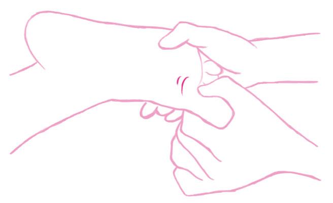 親指から小指まで順番に軽く引っ張る