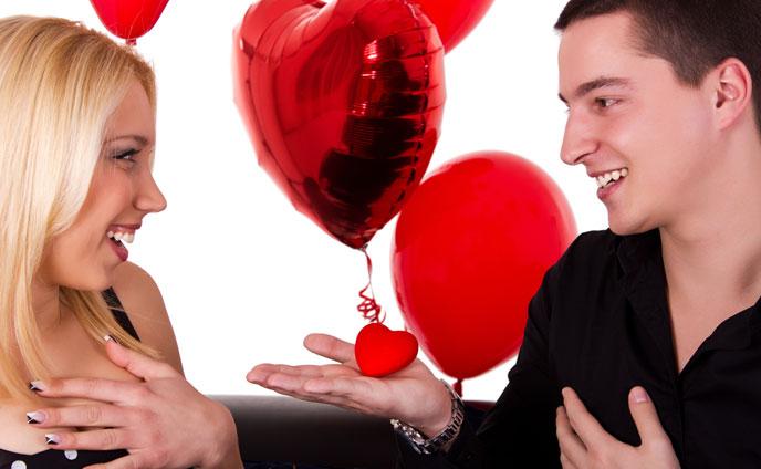男心脈ありサイン・恋する気持ちが隠せない男の行動10種