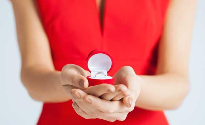女性のプロポーズ