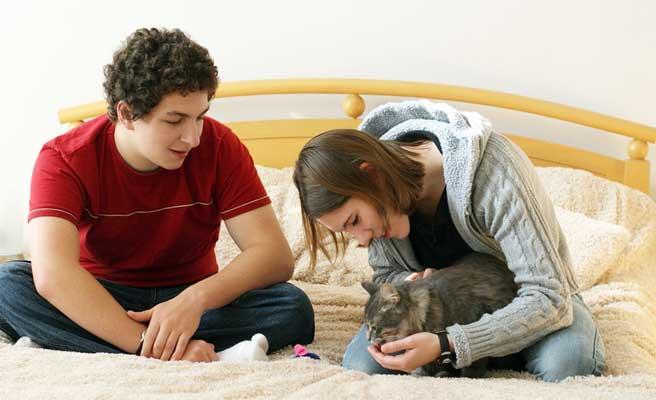 ネコ好き似たものカップル