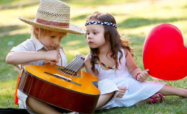 ギターが趣味のカップル