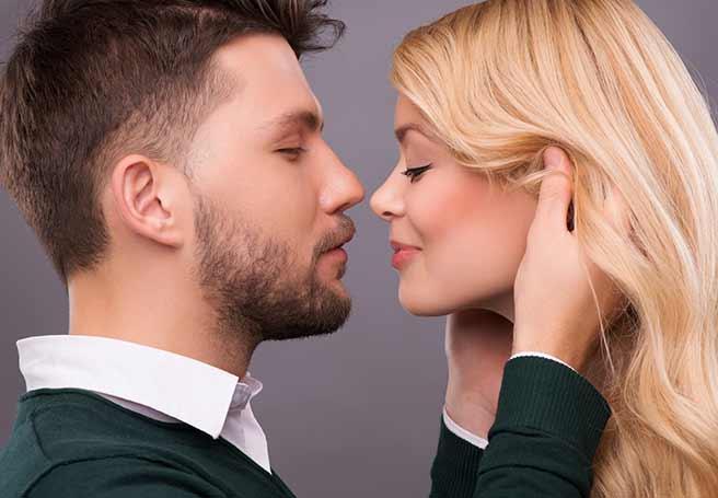 知らない人とエレベーターでキスする夢