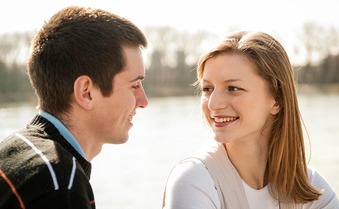 人を好きになる瞬間8つ男が恋に落ちるきっかけ聞いてみた