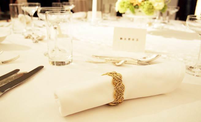 披露宴の来賓テーブル