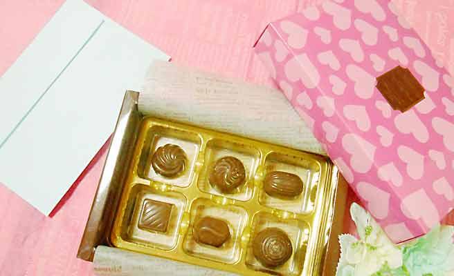 バレンタインに贈るチョコと手紙