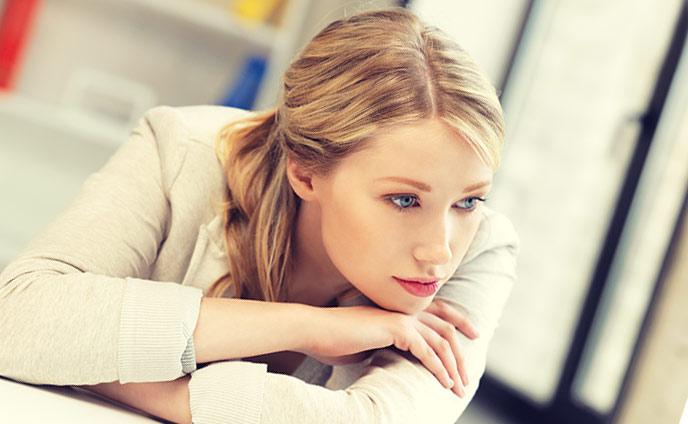 素直になれない女の心理・本音を隠す理由と恋愛デメリット