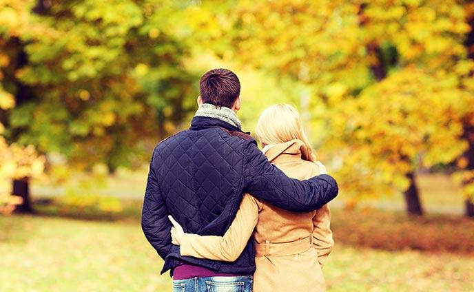 ロマンチストな男性と恋に落ちる方法思い伝わる萌えゼリフ