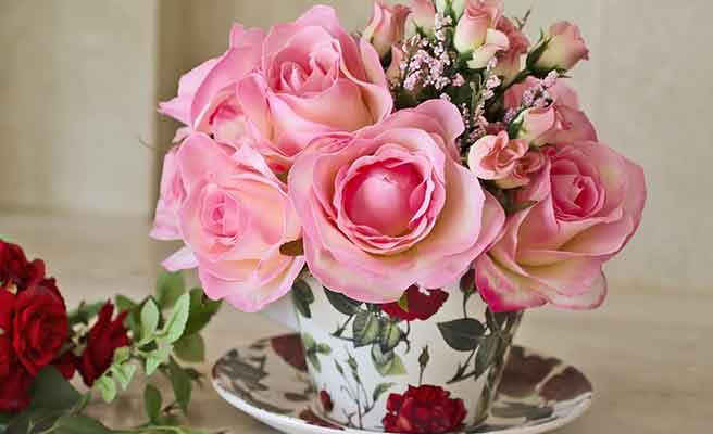 花瓶に活けられた花