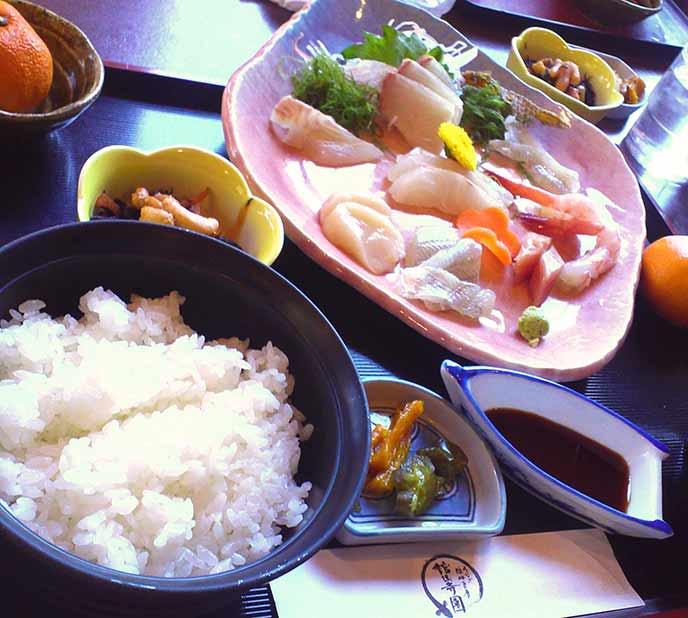 新鮮なお刺身が食べられる、お刺身定食もあります♪