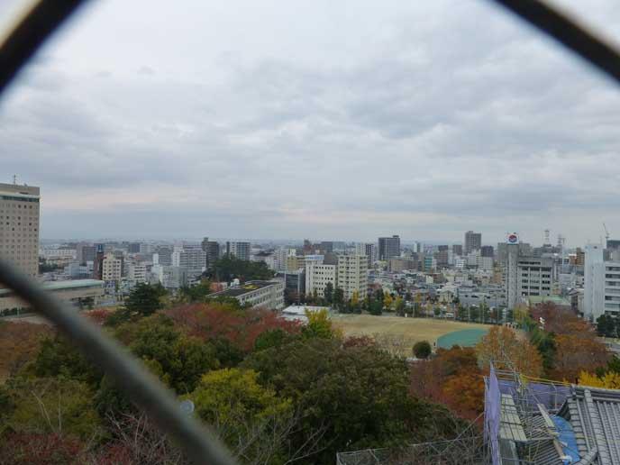 天守閣からは浜松の街を望むことができます! 雨の街を見るのも素敵かもしれません♪