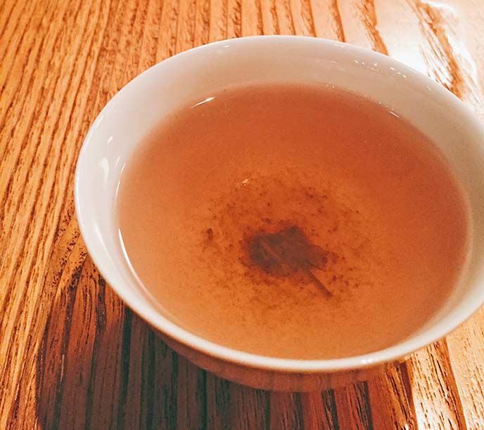 とても珍しい葡萄のお茶。お茶の色がとても綺麗☆