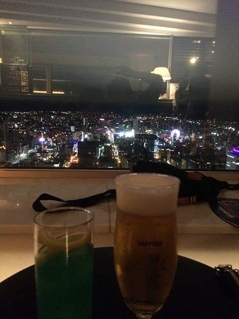 夜景を観ながら乾杯♪