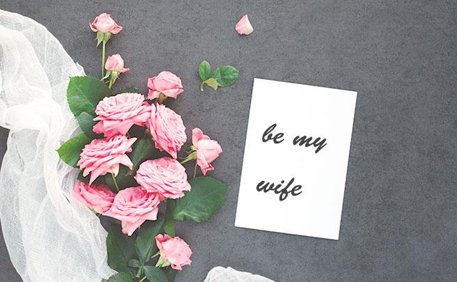 花とメッセージカード