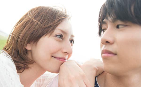 奥手な男性に火をつけて恋愛を急加速させる5つのアプローチ