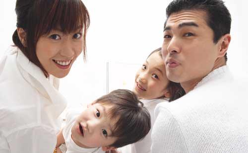 幸せな結婚生活のためにはたとえあなたが専業主婦でも結婚相手とは家事や育児を分担しましょう