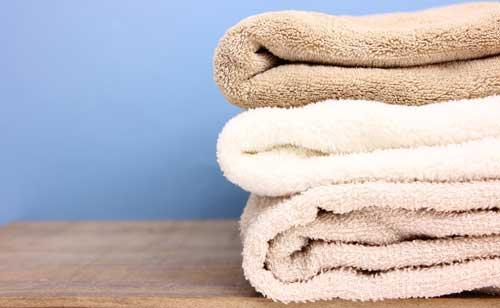 浴衣と相性の悪いくびれはタオルを巻いて解消!