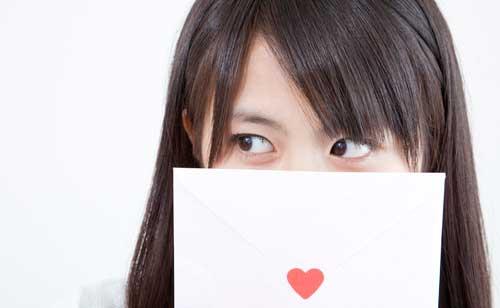 LINEやメールの毎日だから、手紙は新鮮!