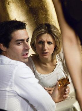 女性から告白して付き合った彼は浮気っぽい恋人になる可能性が高い?!