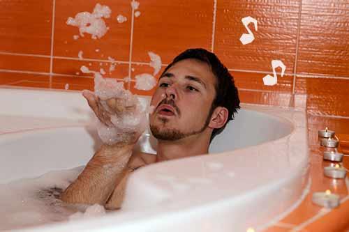 ルンルンお風呂な自分大好き彼氏
