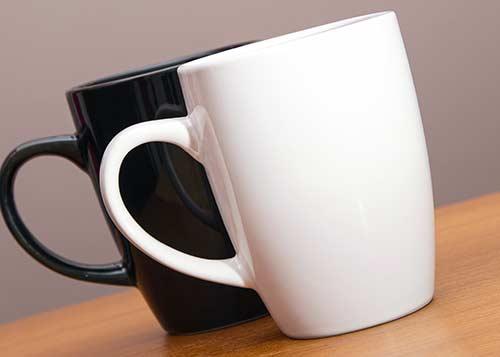 お揃いだと嬉しいペアのマグカップ