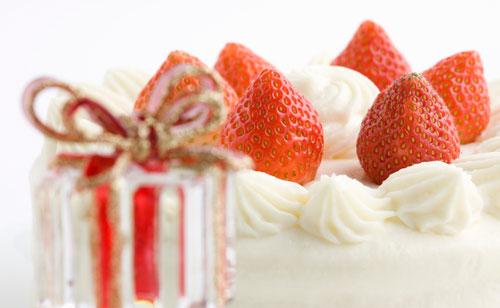 クリスマスケーキは簡単に手作りできる